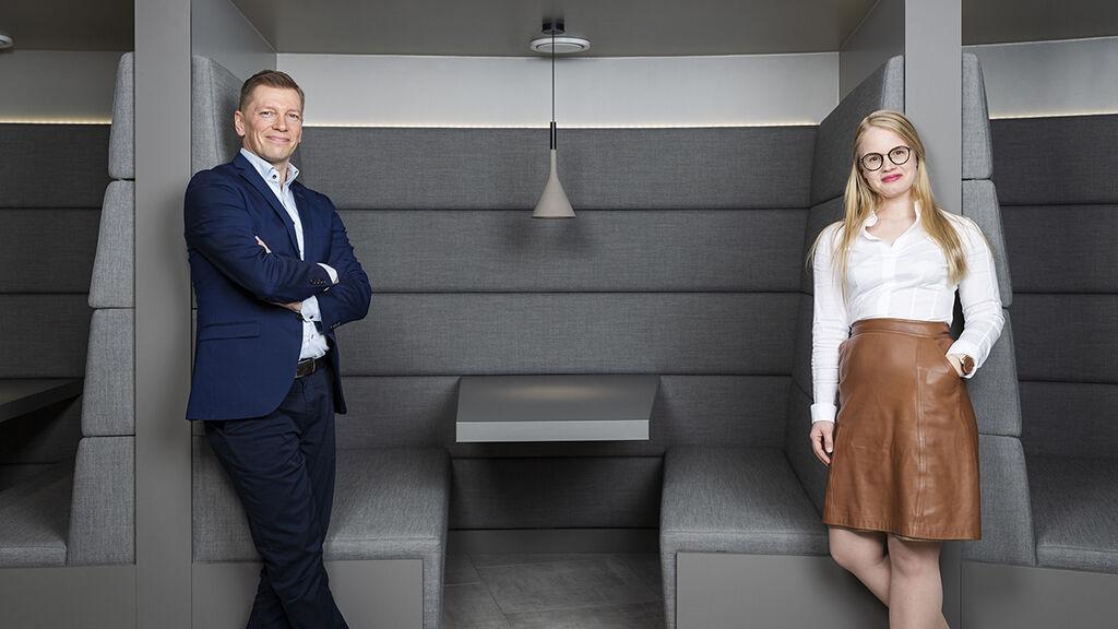 Markus Riikonen ja Kirsi Klemola tulivat avainasiakaspäälliköksi VR Transpointin sisäisen työkierron kautta.