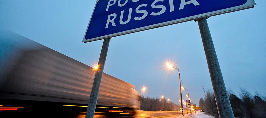 Alkuvuodesta Venäjän rajalla on otettu käyttöön sähköinen tullideklarointi, joka nopeuttaa rajanylitystä. Kuva: Lehtikuva