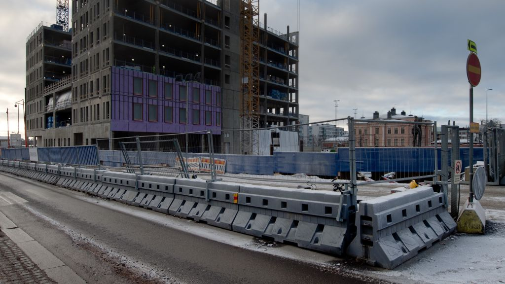 Nordpelin raskaskaidetta Tampereella Technopoliksen uuden kampuksen työmaalla.
