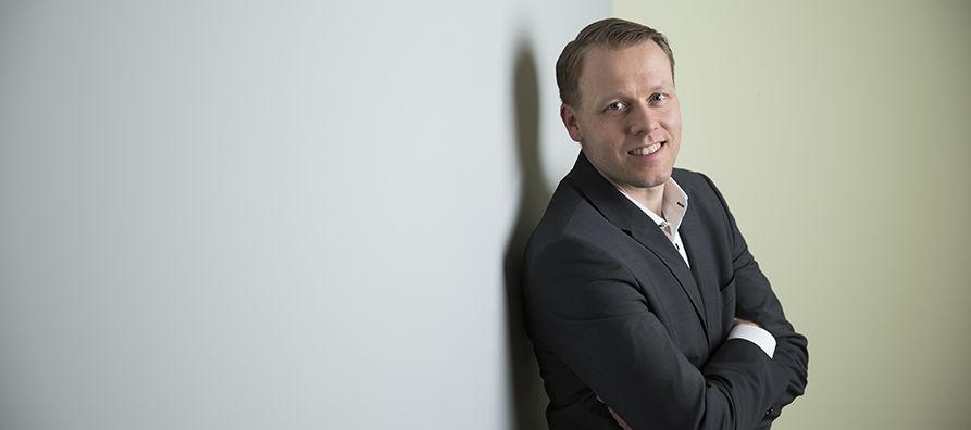 Eljas Koistinen vastaa nyt myös rautatielogistiikan kalustosta ja sen kehittämisestä.