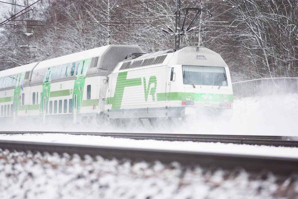 IC-juna talvella