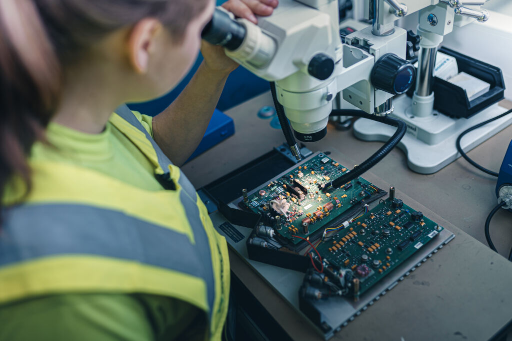 vr fleetcare componentcare services electronics
