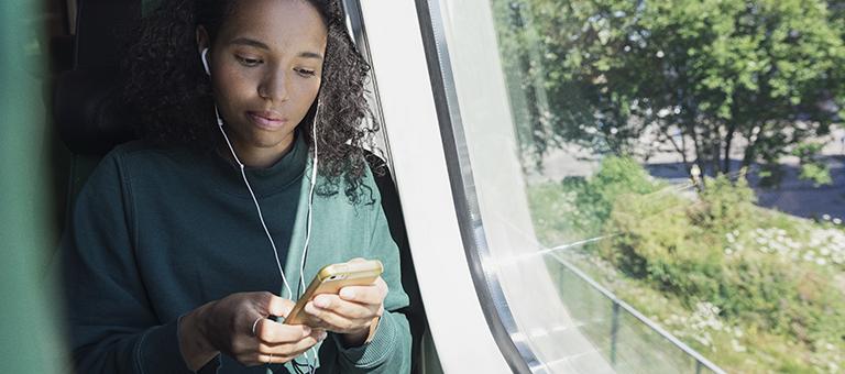 Opiskelijana junassa